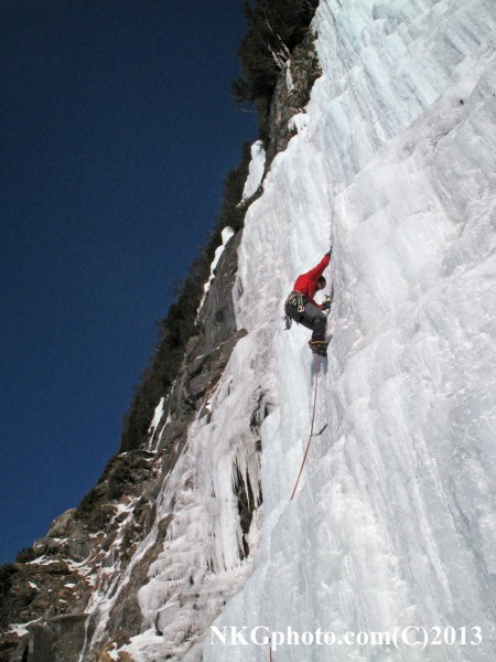 Roger Hassel on P1 of Twenty Below Zero Gully 1-27-13