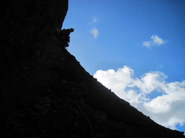 hunter leading P.3 traverse