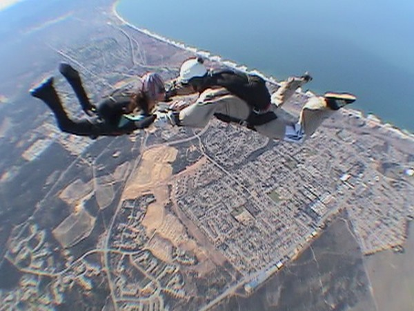 Sky dance 14,000 ft above Monterey Bay ... chilly!