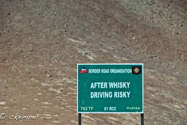 Ladahk Roadside