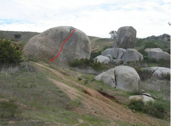 Good boulder for aid practice ( Santee Boulders- Synchronicity bou...
