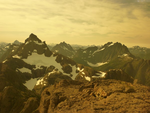 Breathtaking peaks of Strathcona Park