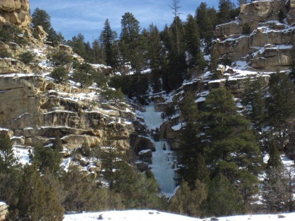 CCC Falls - the best ice (the uppermost pitch) is not visible ...