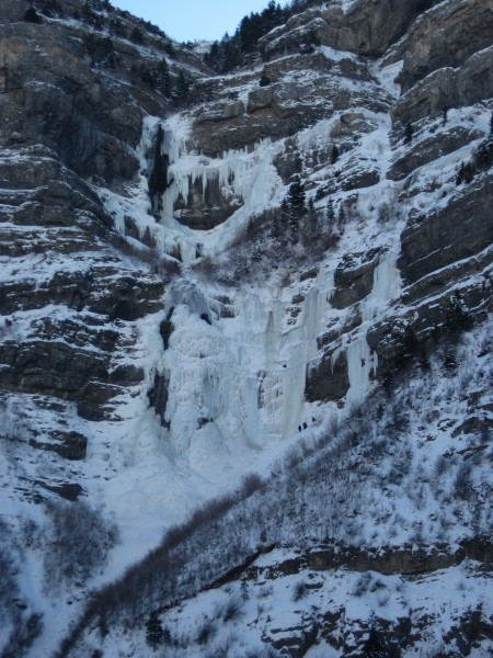 Drove by Utah's Bridal Veil Falls - not too crowded for a Saturday &#4...