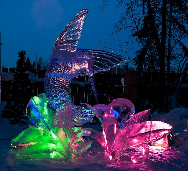 hummingbird ice sculpture