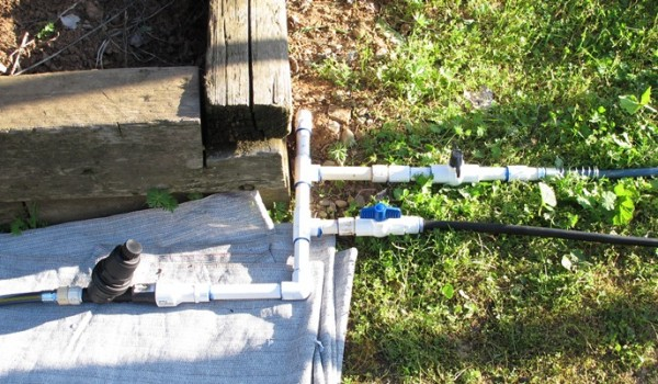 Simple, expandable irrigation system.