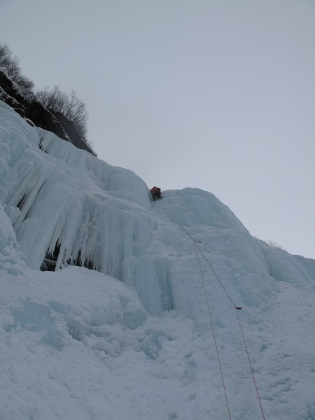 A bit higher (pic courtesy of Harry Hunt - 2/18/13).