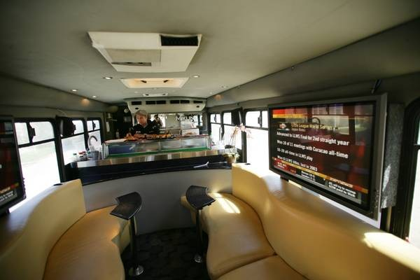 Sushi by Nature Road Bus