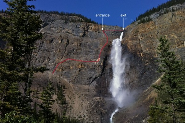 foreshortened view of the takkakaw falls route