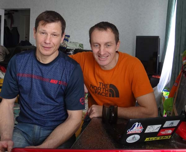 (L-R) Alexei Bolotov and Denis Urubko
