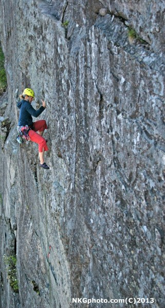 Isa on Fangs of Love 5.9