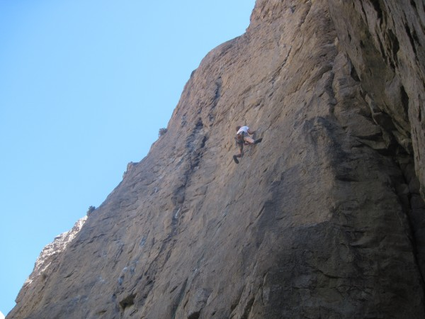 peter recomended this one and it was great. called rim job and 5.11a