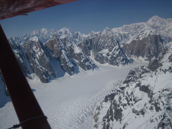 Flying over the Ruth Glacier (the Great Gorge) with Denail beh...
