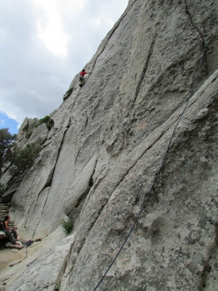 "Max cruising ""Bloody Fingers."" This is THE 5.10a Classic in the City."