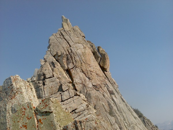 Summit cracks on Bighorn.