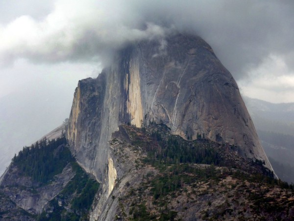 same thing happened the following day .got this pic from glacier point...