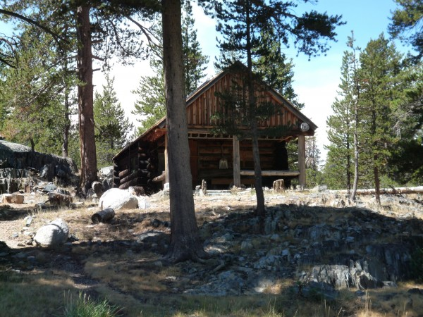 Upper Piute Meadow cabin
