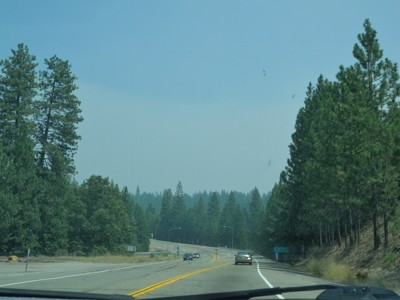 Passing Tuolumne City exit. Sky was still somewhat blue...