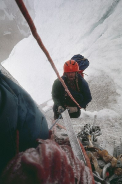 Icy ropes, verglas, wind and cold....the whole catastrophe, type two f...
