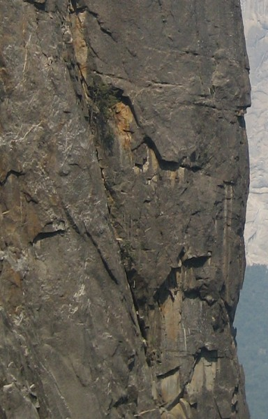 Lower Cathedral Rock - East Buttress - Fissure Beck <br/> Note white sling...