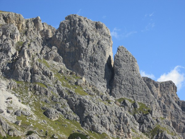 Grosser Falzarego Tower (left), and Kleiner Falzarego Tower (right).