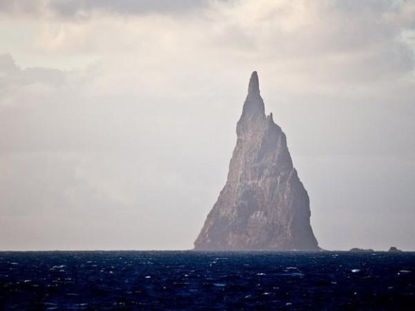 Ball's Pyramid Island