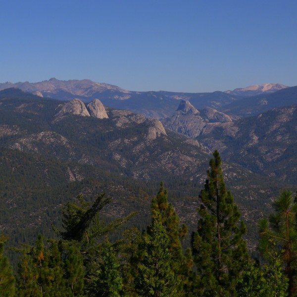 Southern Yosemite from Mile High Vista