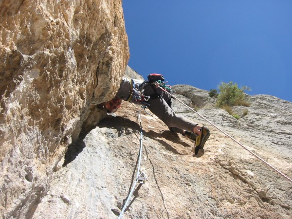 Pitch76 (6B+ = @11a) on Pilier des Ecrureuils, Les Escales. Lo...