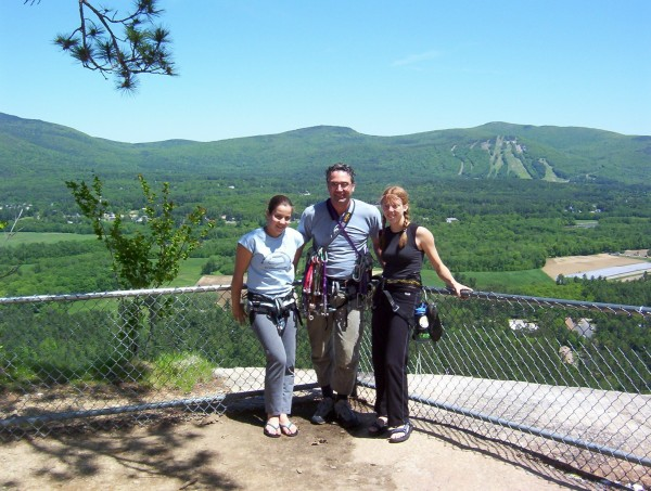 Cathedral Ledge, NH tourist outlook.