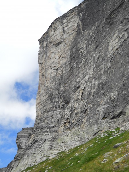 Mount Gimli, West Face <br/>