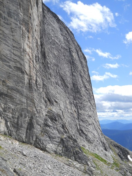 Mt Gimli, West Face