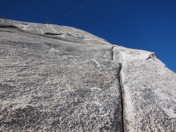Looking up at the last 5 pitches of Milestone. From midway up P14
