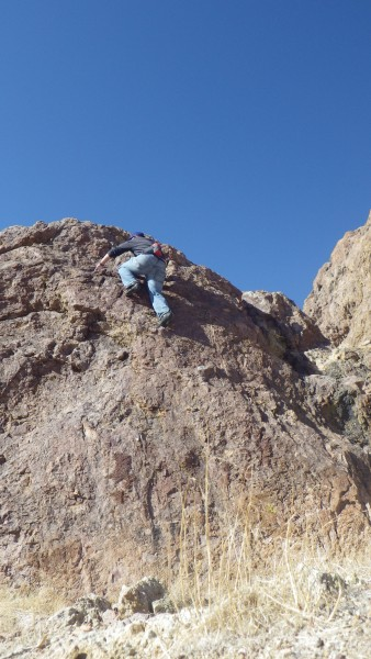 bouldering near rosemond california. should be a cool spot to climb bu...