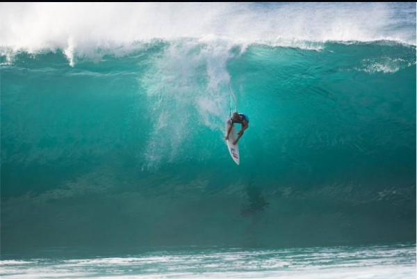 Kelly Slater 20013 Pipe Masters contest <br/> Photo Buzzy Kerbox