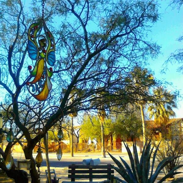 Another beautiful day in Tucson ...  <br/>  <br/> ~peace  <br/>  <br/> 12/24/13