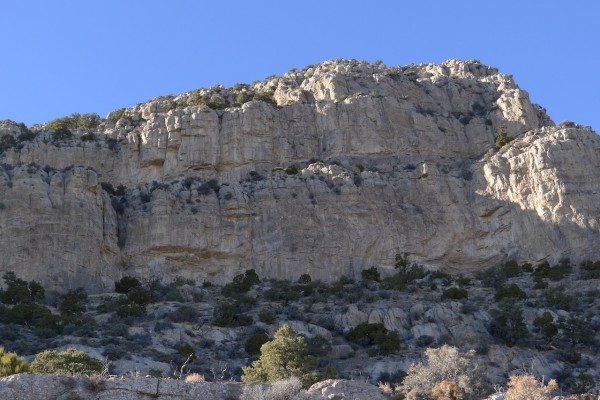 There's some loose rock sitting on the ledges, but in between that's r...