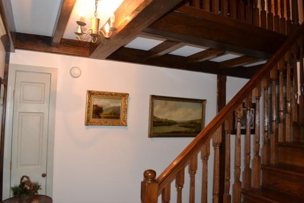 Housed stringer stairway.