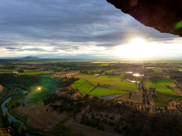 The view from the Monkeys Mouth at Smith Rock