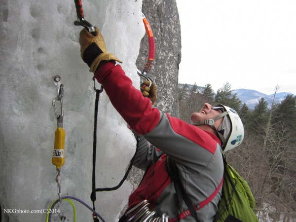 Leaveing the 1st belay on rotten hollow junk ice