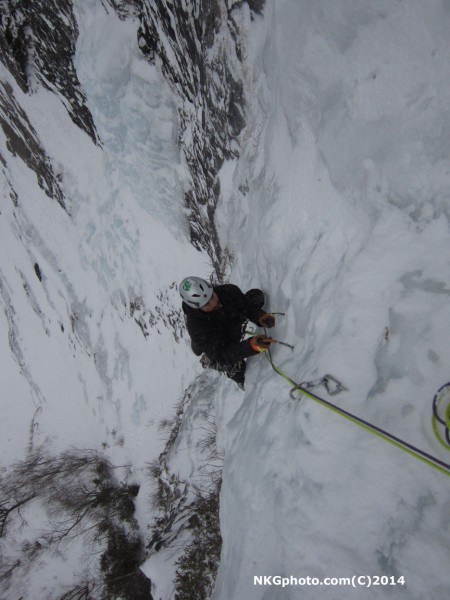 Eric nearing the belay after the longs steep thin 1st pitch.