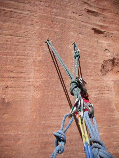 Fixed equalized rope on the top of pitch 3