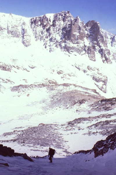 Pete Nichols on Navajo Peak, Shoshoni in background. 1979