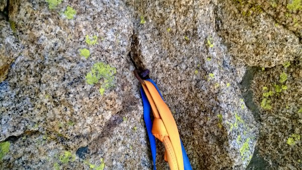 Ring angle belay/rap anchor