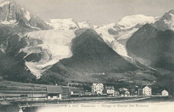 Village et Glacier des Bossons