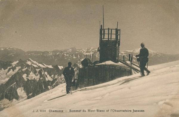 Sommet du Mont Blanc et l'Observatoire Janssen