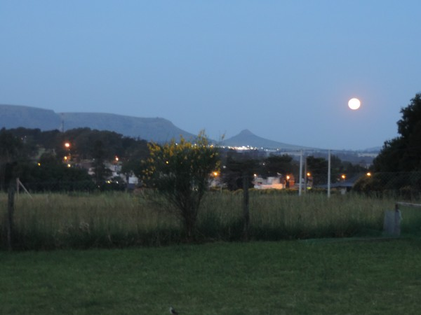 Moon over Balcarce