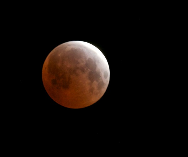 Lunar eclipse April 4