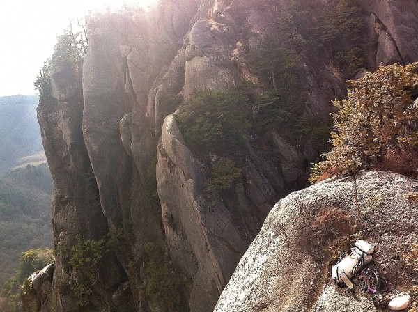 the bivy ledge. scenic amongst granite spires, flat enough to not roll...