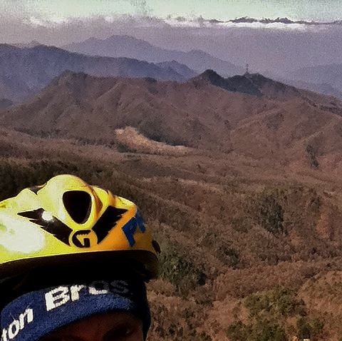 standard top-out selfie. the 3000m peaks of the southern Japanese alps...