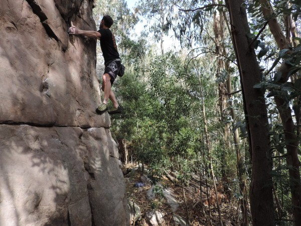 Fun, easy, high boulders in Balcarce